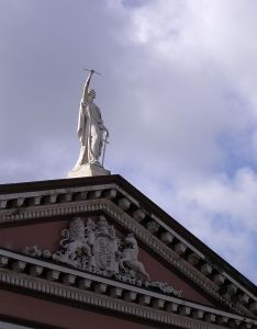 statue-of-justice-302776-mfreeimages