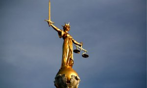 Statue of Justice Old Bailey
